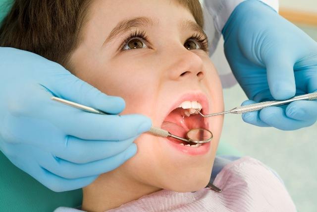 Foto de UEA oferta 12 vagas para o curso de especialização em Odontopediatria