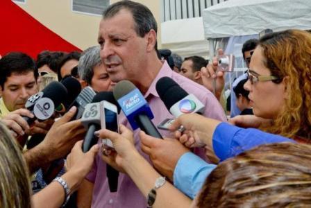 Foto de Omar Aziz declara que deixará Governo no próximo dia 4 de abril