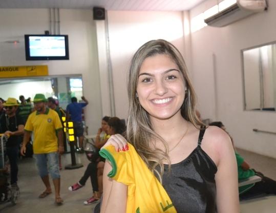 Foto de Miss Confraternidade 2012 visita Tabatinga neste mês da Copa