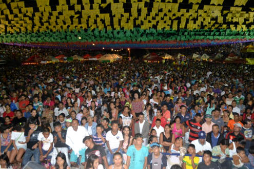 Photo of Bingo atrai público para o Arraial das Escolas e encerra festa com sucesso