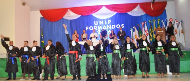 Photo of Unip Polo Tabatinga, realiza Colação de Grau dos Formandos 2016