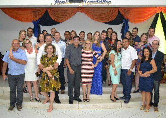 Foto de Igreja Comunidade Evangélica de Tabatinga realiza Jantar Romântico