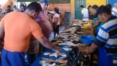 Photo of Semana Santa movimenta Mercado Municipal do Peixe em Tabatinga