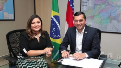 Foto de Wilson Lima anuncia Joana Darc como líder do Governo na ALE
