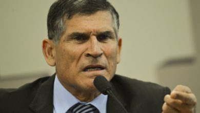 Photo of Exoneração do ministro Santos Cruz é publicada no Diário Oficial