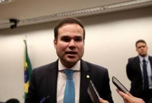 Foto de Comissão aprova LDO com salário mínimo de R$ 1.040 para 2020
