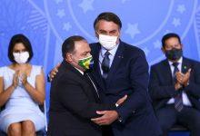 Foto de Eduardo Pazuello toma posse como ministro da Saúde