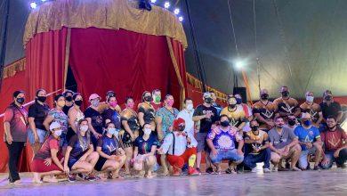 Foto de Crianças carentes ganham manhã de alegria e diversão no circo Ramito
